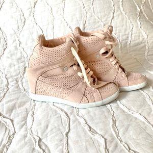 COACH Wedge Sneaker - Blush Pink-Size 6.5 Like New